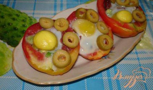 Запеченые в помидорах яйца
