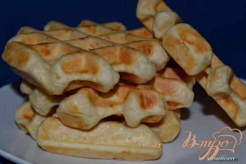 Сырные вафли на белом вине