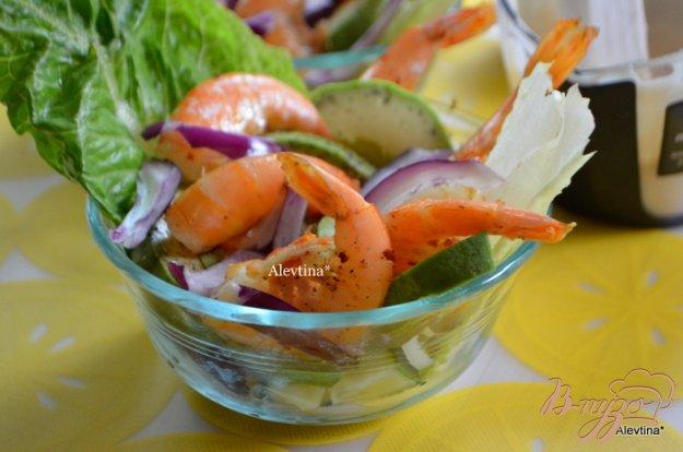 Рецепт Авокадо с креветками и зеленью