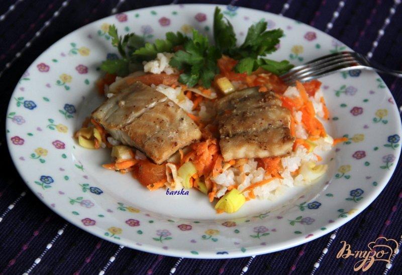 Фото приготовление рецепта: Треска маринованная,  запечённая с овощами шаг №5