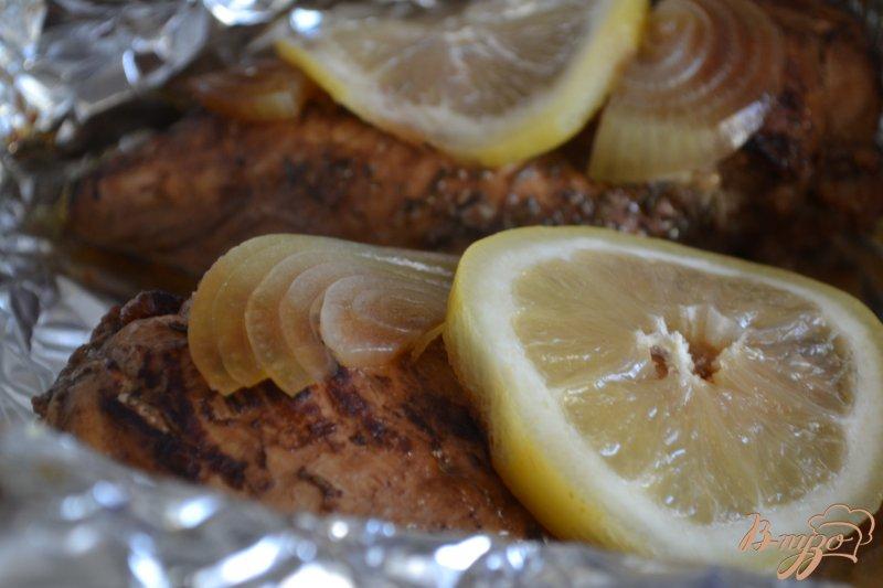 Фото приготовление рецепта: Куриные грудки в бальзамическом маринаде шаг №4