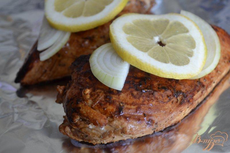 Фото приготовление рецепта: Куриные грудки в бальзамическом маринаде шаг №3