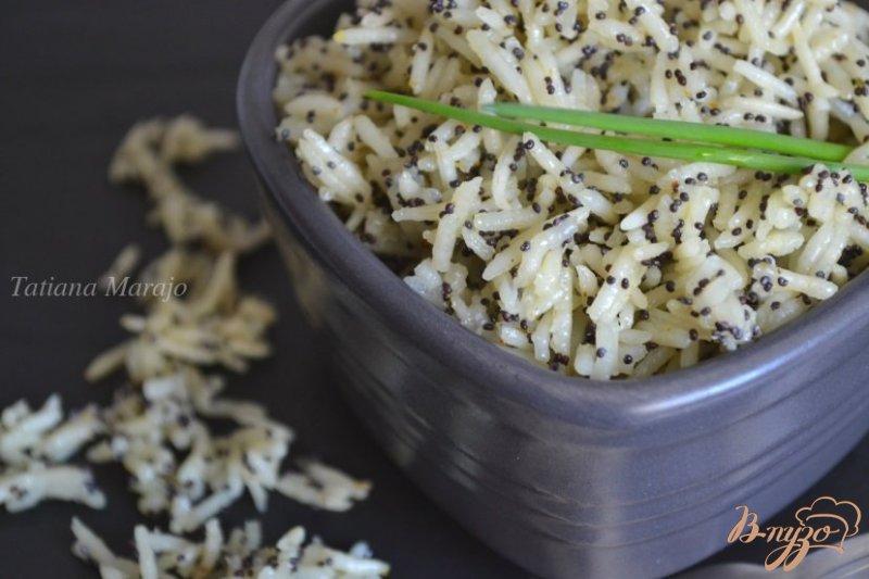 Фото приготовление рецепта: Рисовый гарнир с маком шаг №3