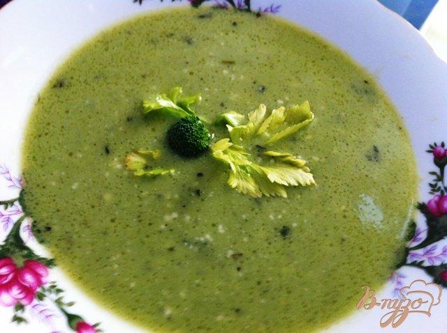 Фото приготовление рецепта: Крем суп из брокколи шаг №12