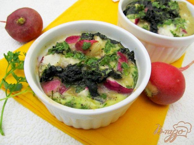 Рецепт Омлет в духовке с редисом и крапивой