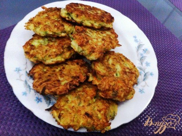 Рецепт Оладьи из кабачка с морковью