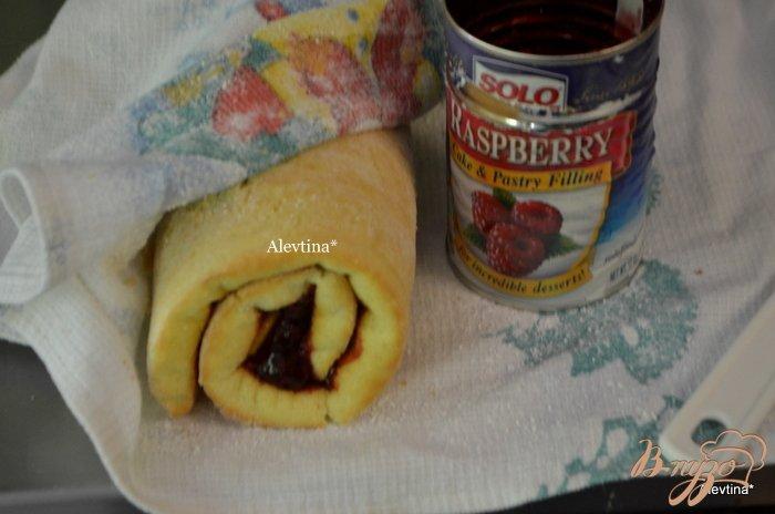 Фото приготовление рецепта: Торт праздничный с ягодным вкусом шаг №1