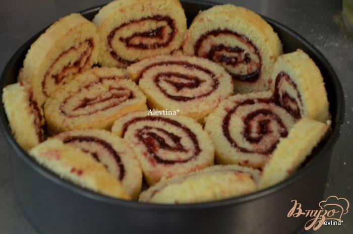 Фото приготовление рецепта: Торт праздничный с ягодным вкусом шаг №3