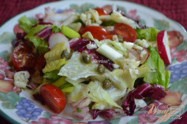Рецепт Салат овощной с чесночной заправкой