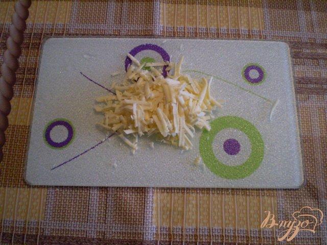 Фото приготовление рецепта: Фриттата с картофелем и сыром шаг №5