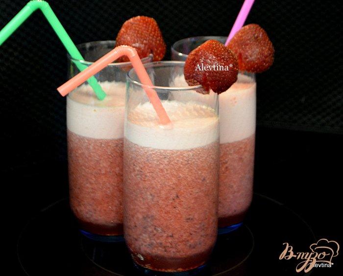 Фото приготовление рецепта: Бодрость ягодный смузи шаг №3