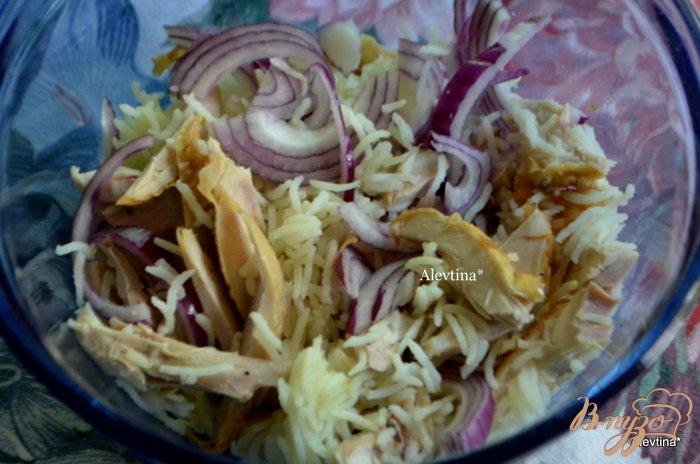 Фото приготовление рецепта: Куриный салат с авокадо шаг №1
