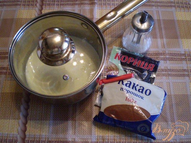 Фото приготовление рецепта: Какао с молоком и корицей шаг №1