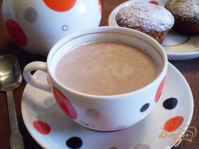Фото приготовление рецепта: Какао с молоком и корицей шаг №6