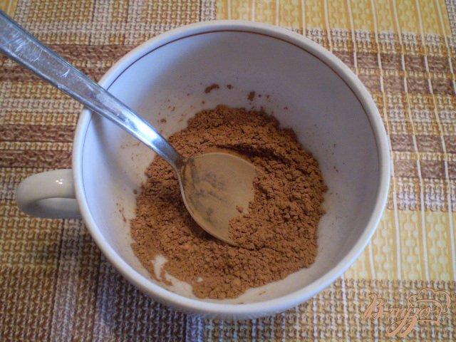Фото приготовление рецепта: Какао с молоком и корицей шаг №3
