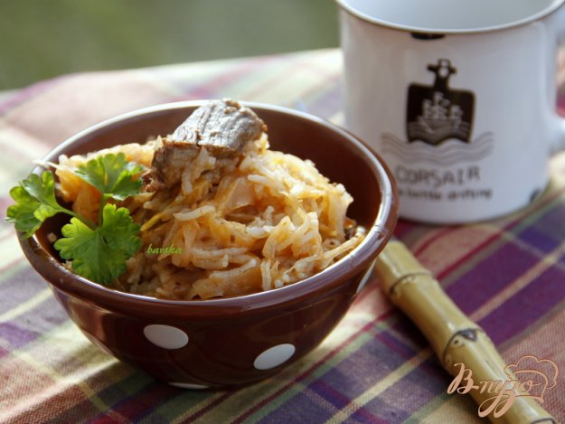 Рецепт Ленивые голубцы из квашеной капусты и тушенки