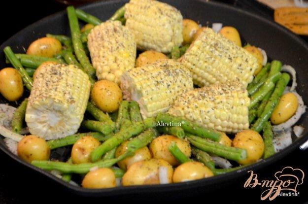 Рецепт Картофель с кукурузой и зеленой фасолью