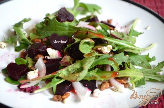 Рецепт Салат руккола со свеклой и сыром