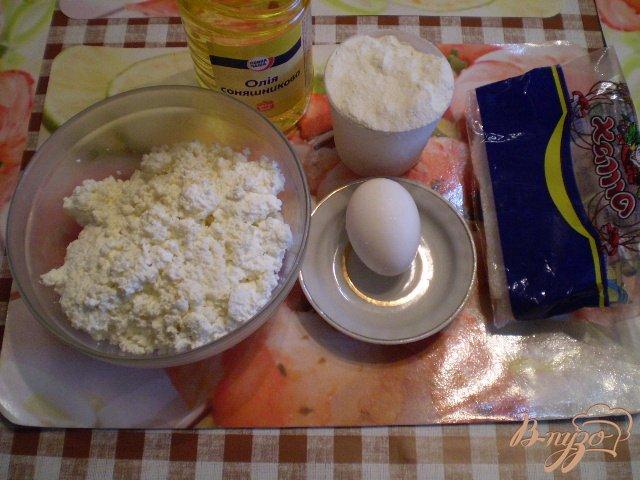 Фото приготовление рецепта: Классические сырники шаг №1
