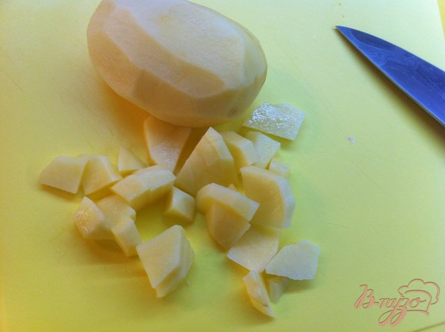 Фото приготовление рецепта: Пельменный суп. шаг №2