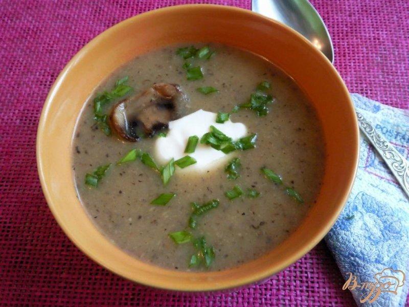 Фото приготовление рецепта: Суп-пюре с сельдереем и шампиньонами шаг №6