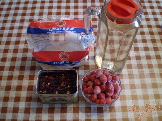 Фото приготовление рецепта: Ягодный лимонад с каркаде шаг №1