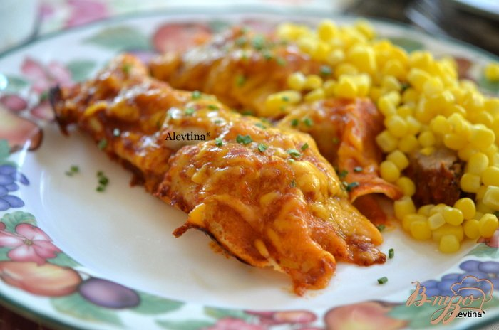 Фото приготовление рецепта: Энчилады со свининой шаг №5