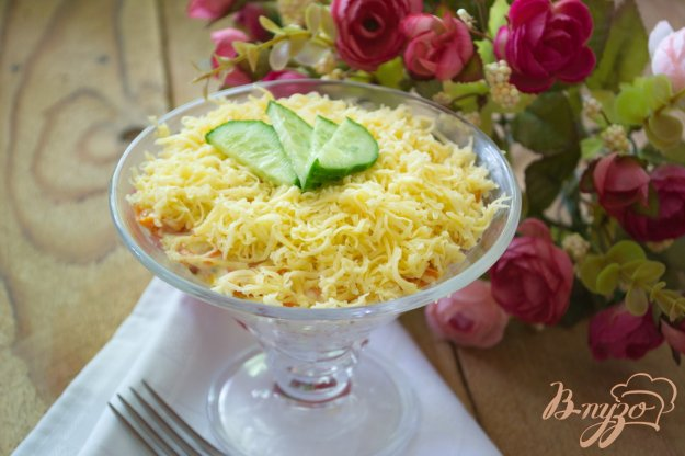 Рецепт Слоеный салат с крабовыми палочками
