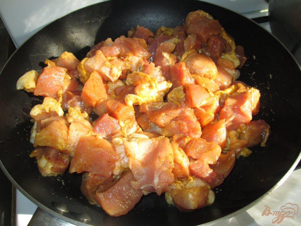 Фото приготовление рецепта: Свинина в соевом соусе шаг №5