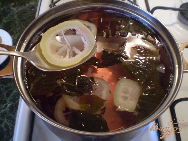 Фото приготовление рецепта: Лимонад из базилика шаг №5