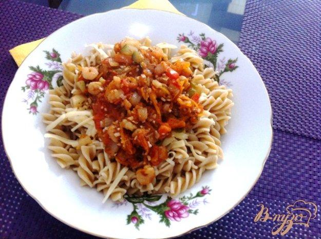 фото рецепта: Фузилли с креветками и овощами