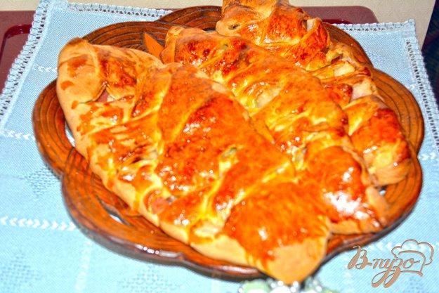 Рецепт Кулебяка с яблоком из слоеного дрожжевого домашнего теста