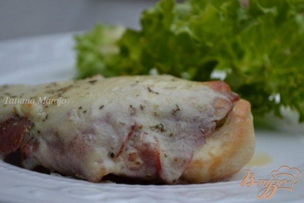 фото рецепта: Куриные грудки с беконом и моцареллой