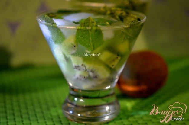 фото рецепта: Коктейль киви Capiroska