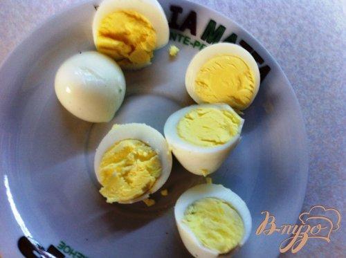 Канапе с икрой и перепелиными яйцами