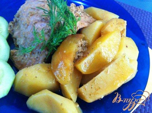 Куриные бедрышки с картофелем, запеченные в пакете