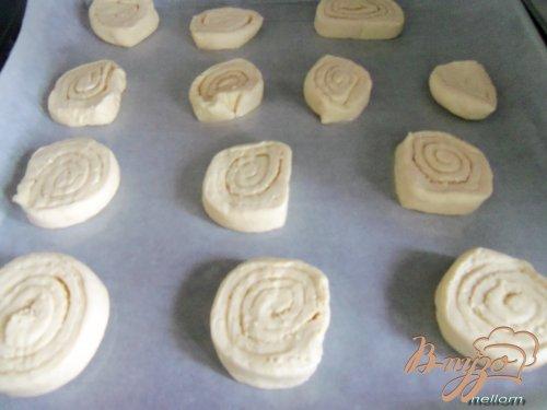 Сметанное печенье с ликером и кунжутом