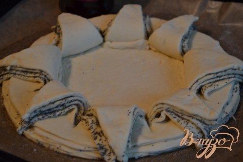 Сдобный пирог с вишневым конфитюром
