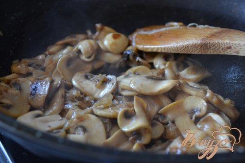Говяжий бургер с грибами