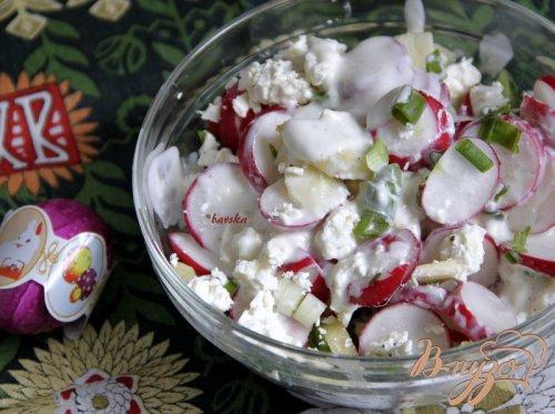 Салат из редиски яблока и феты