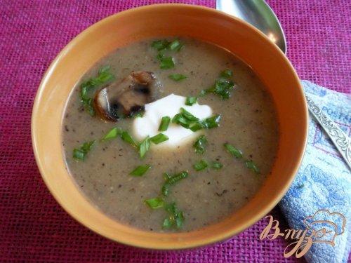 Суп-пюре с сельдереем и шампиньонами