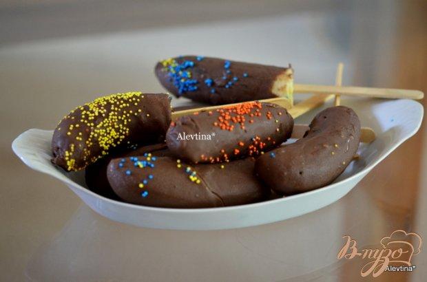 Банан замороженный в шоколаде