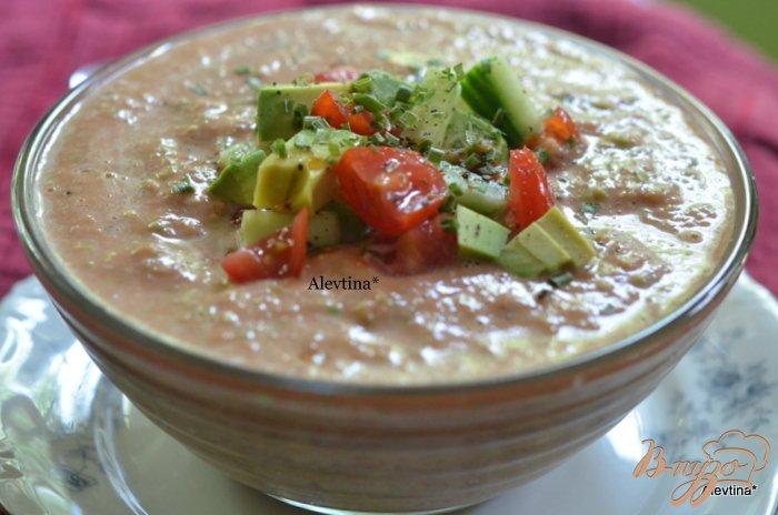 Фото приготовление рецепта: Гаспачо с авокадо шаг №5