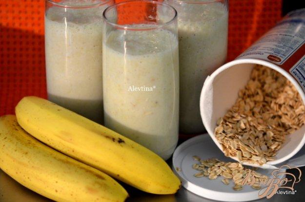 Рецепт Банановый коктейль с овсяными хлопьями