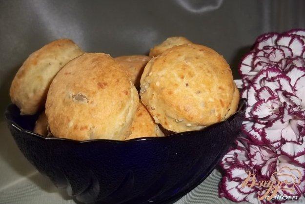 фото рецепта: Кукурузно-пшеничное печенье с сыром и семечками