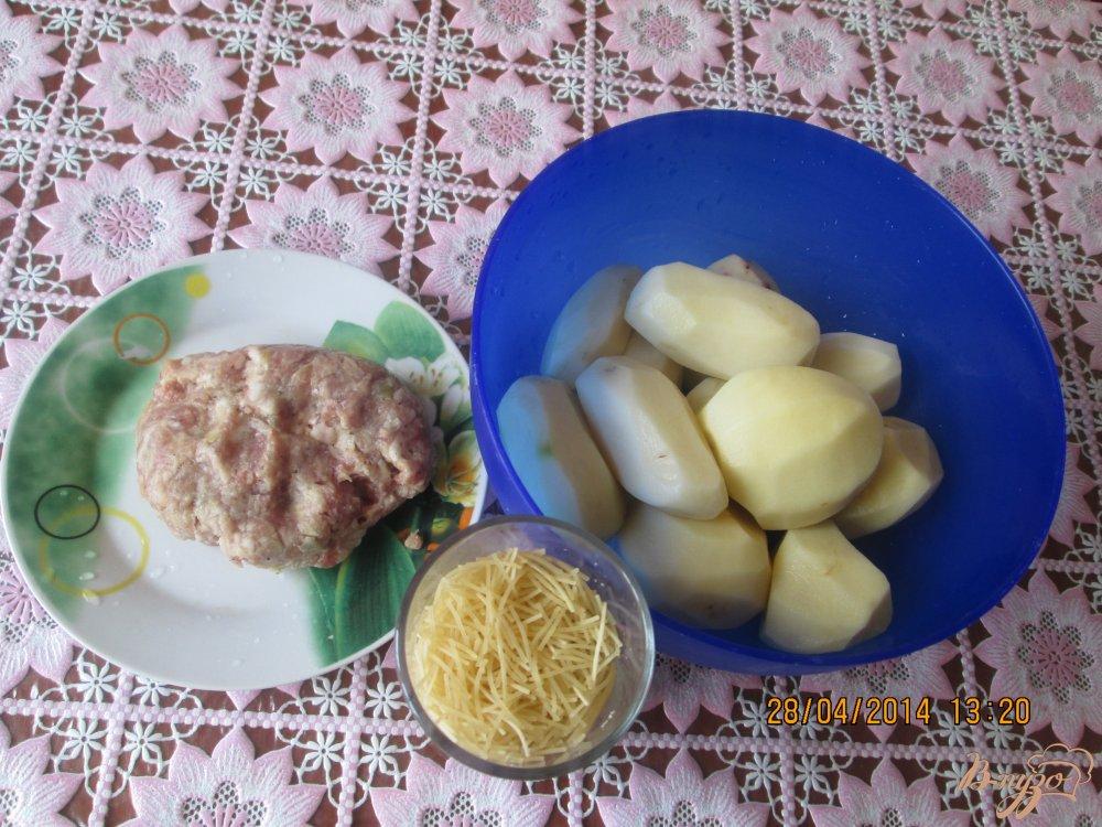 Фото приготовление рецепта: Картофельный суп с фрикадельками шаг №1