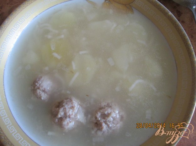 фото рецепта: Картофельный суп с фрикадельками