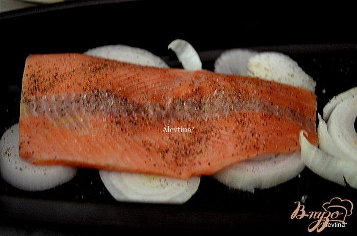 Фото приготовление рецепта: Семга с картофелем шаг №1