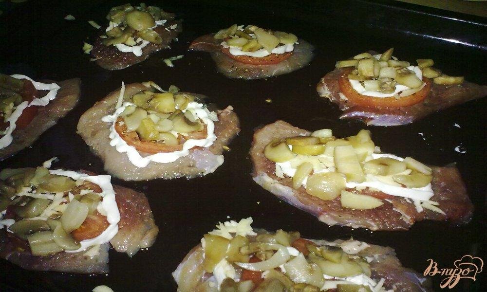 Фото приготовление рецепта: Мясо по-купечески(с грибами) шаг №5