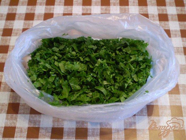 Фото приготовление рецепта: Заготовка зелени на зиму шаг №5